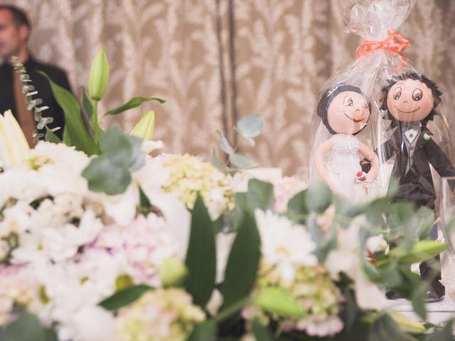 La boda de Adriano y Maika en Ponferrada, León 25