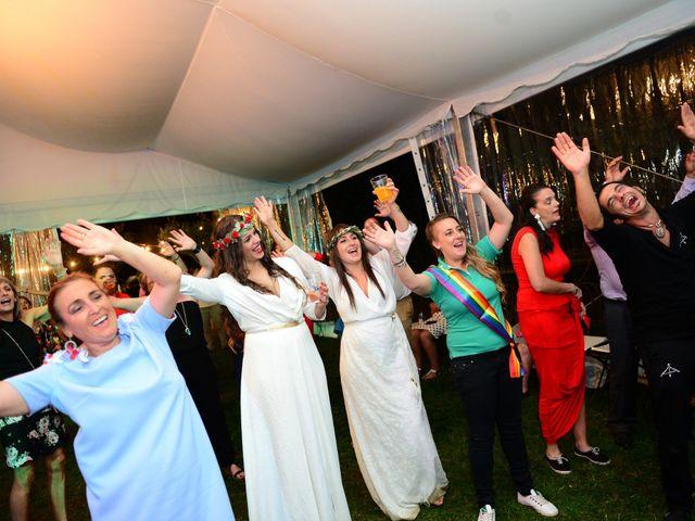 La boda de Sara y Lourdes en Hervas, Cáceres 181