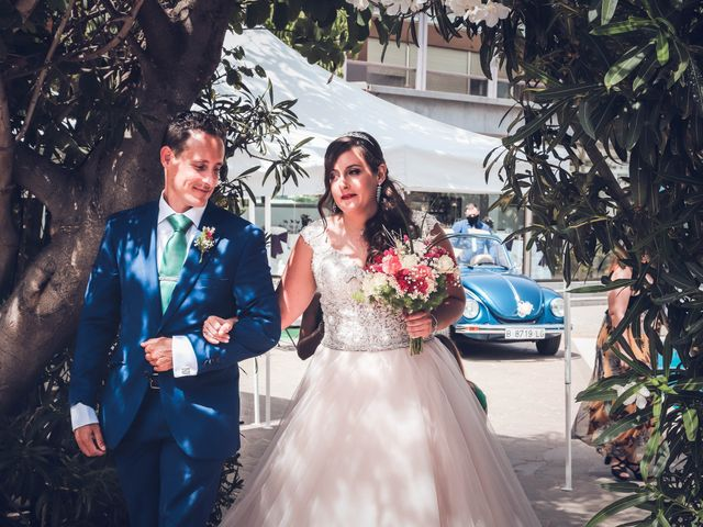La boda de Víctor y Laura en Candelaria, Santa Cruz de Tenerife 21