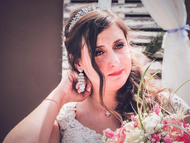 La boda de Víctor y Laura en Candelaria, Santa Cruz de Tenerife 43