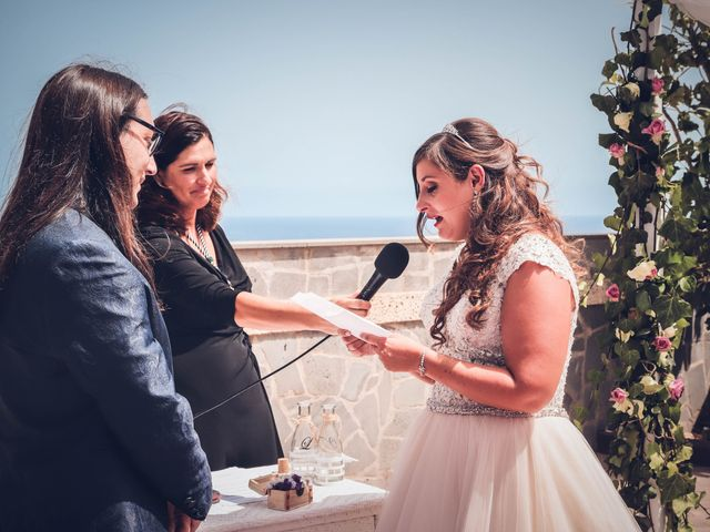 La boda de Víctor y Laura en Candelaria, Santa Cruz de Tenerife 44