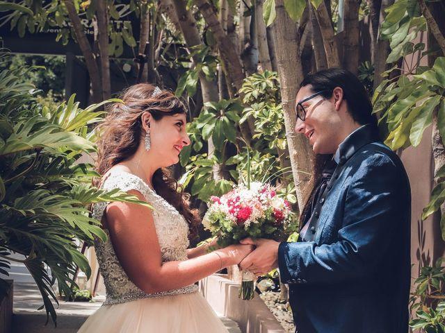 La boda de Víctor y Laura en Candelaria, Santa Cruz de Tenerife 52