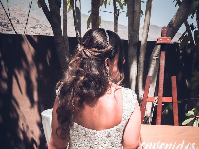 La boda de Víctor y Laura en Candelaria, Santa Cruz de Tenerife 53