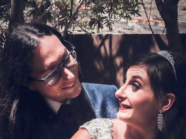La boda de Víctor y Laura en Candelaria, Santa Cruz de Tenerife 54
