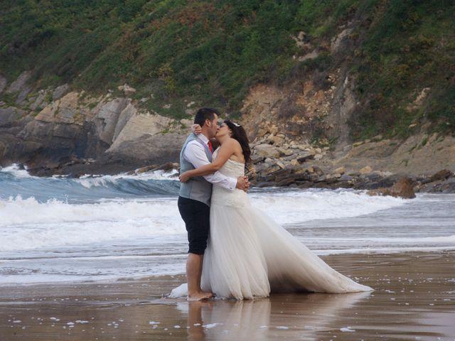 La boda de Jano y Lucía en Gijón, Asturias 6