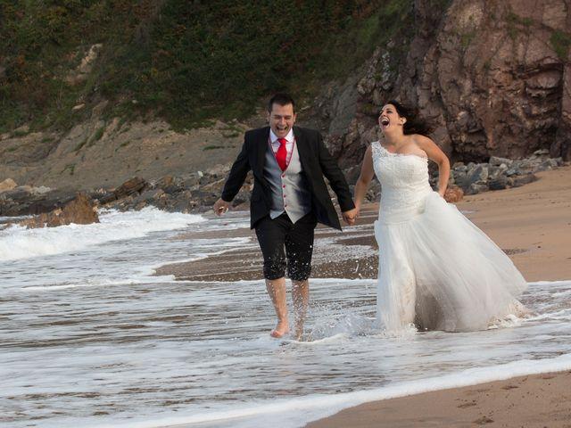 La boda de Jano y Lucía en Gijón, Asturias 12