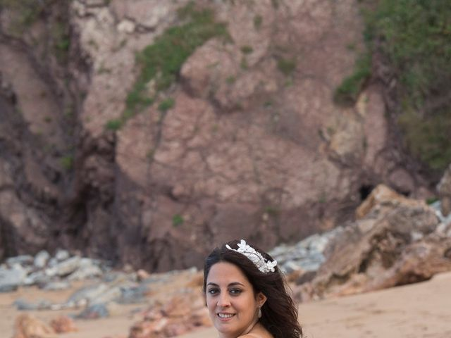 La boda de Jano y Lucía en Gijón, Asturias 13