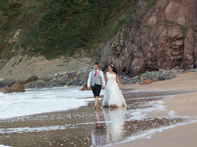 La boda de Jano y Lucía en Gijón, Asturias 15
