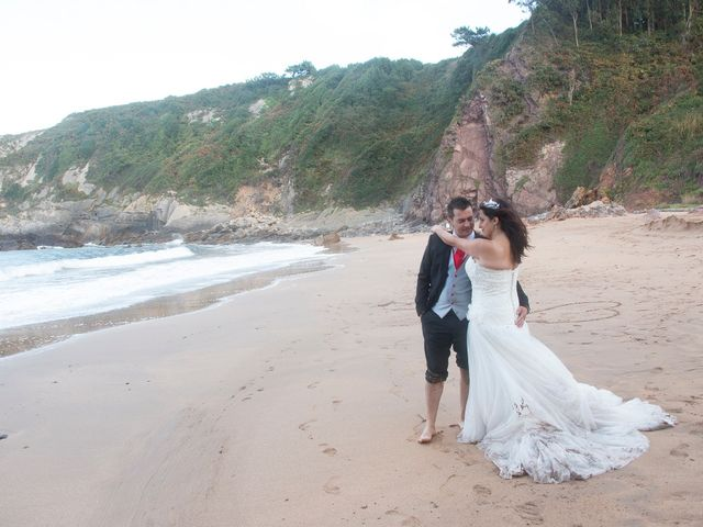 La boda de Jano y Lucía en Gijón, Asturias 22