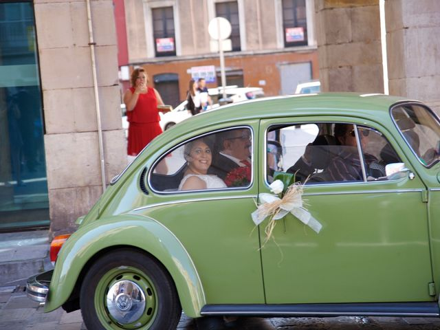 La boda de Jano y Lucía en Gijón, Asturias 26