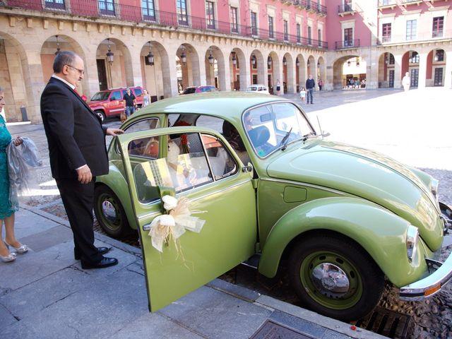La boda de Jano y Lucía en Gijón, Asturias 30