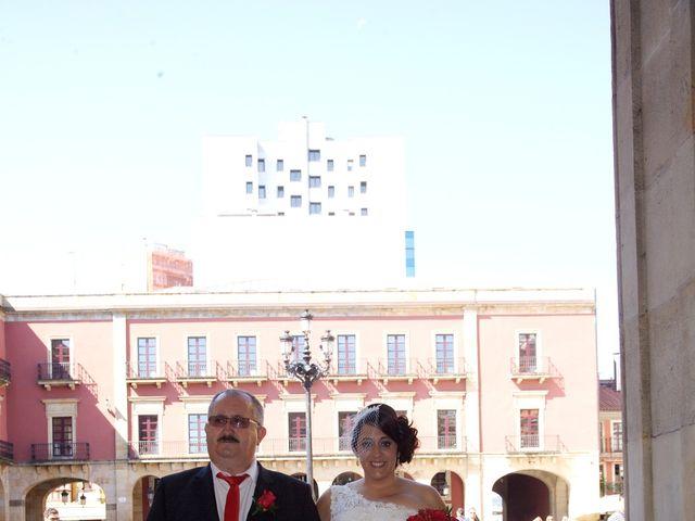 La boda de Jano y Lucía en Gijón, Asturias 31