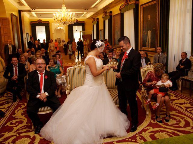 La boda de Jano y Lucía en Gijón, Asturias 34