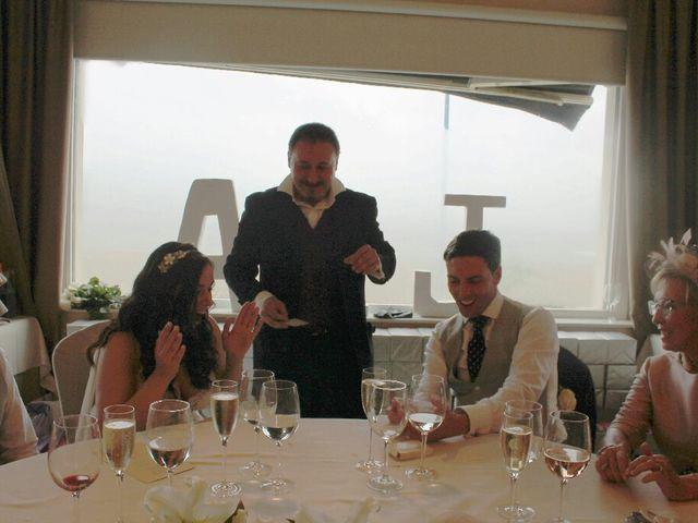La boda de Javi y Ana en Getxo, Vizcaya 1