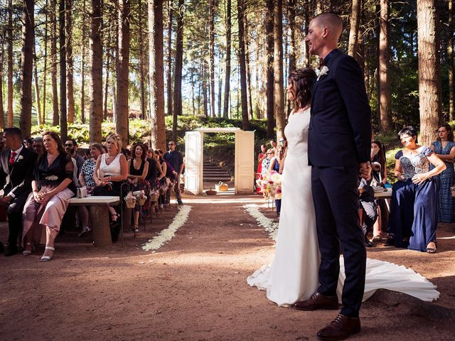 La boda de Angel y Cristina en Vilanova De Sau, Barcelona 11