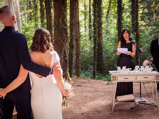 La boda de Angel y Cristina en Vilanova De Sau, Barcelona 14