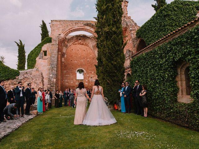 La boda de Miguel y Leticia en Ayllon, Segovia 17