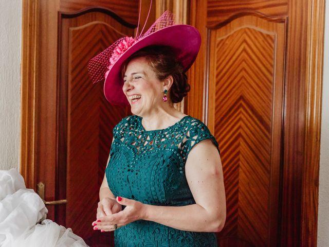 La boda de Santi y Elisenda en Huelva, Huelva 20