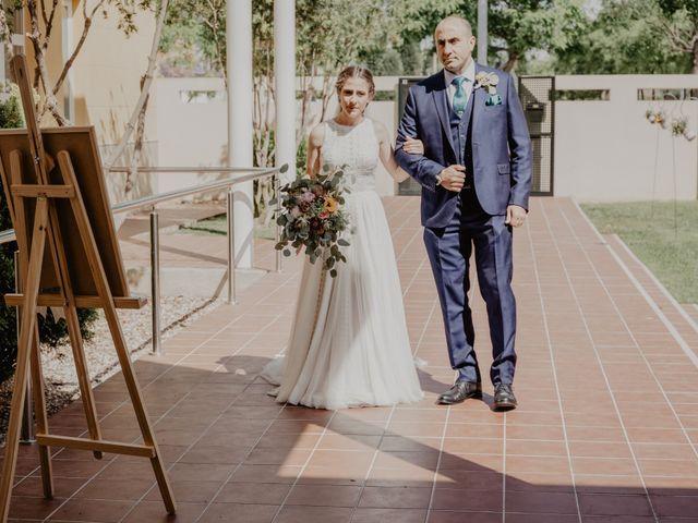 La boda de Santi y Elisenda en Huelva, Huelva 33