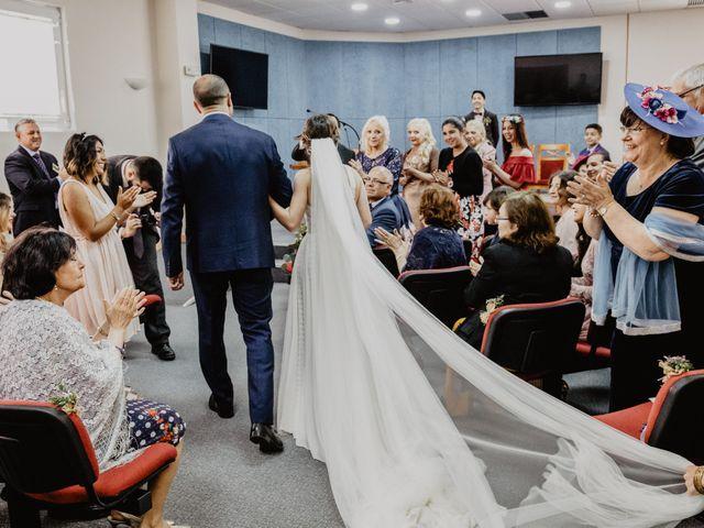 La boda de Santi y Elisenda en Huelva, Huelva 34