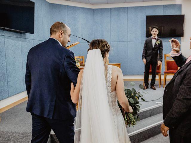 La boda de Santi y Elisenda en Huelva, Huelva 35