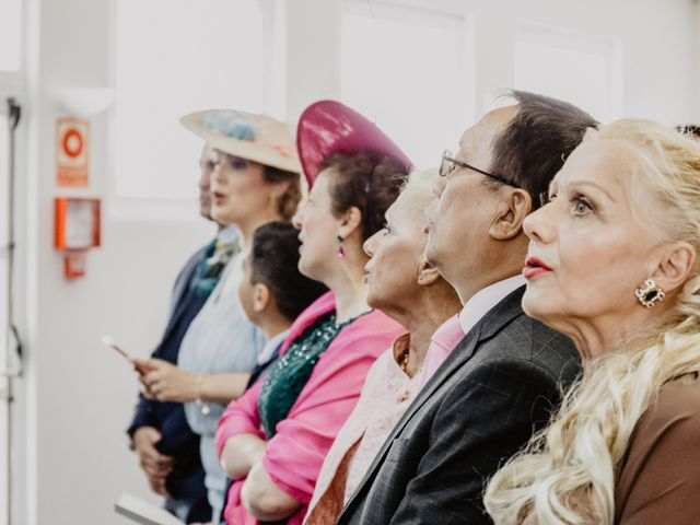 La boda de Santi y Elisenda en Huelva, Huelva 42