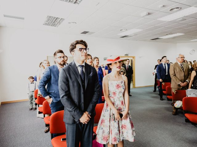 La boda de Santi y Elisenda en Huelva, Huelva 44