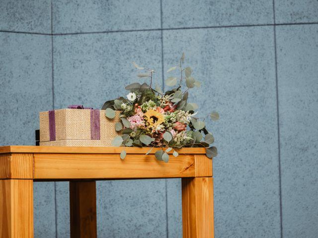 La boda de Santi y Elisenda en Huelva, Huelva 45