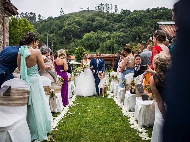 La boda de Sergio y Katia en Treceño, Cantabria 18