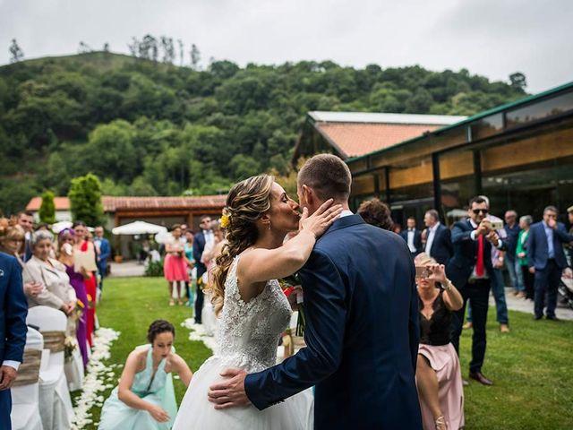 La boda de Sergio y Katia en Treceño, Cantabria 19