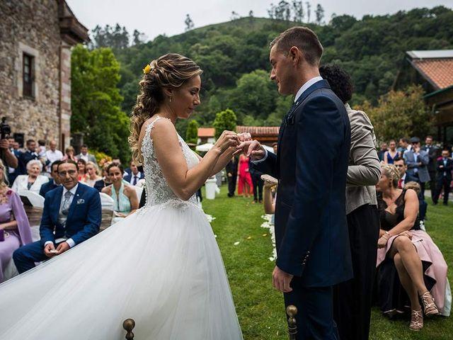 La boda de Sergio y Katia en Treceño, Cantabria 27