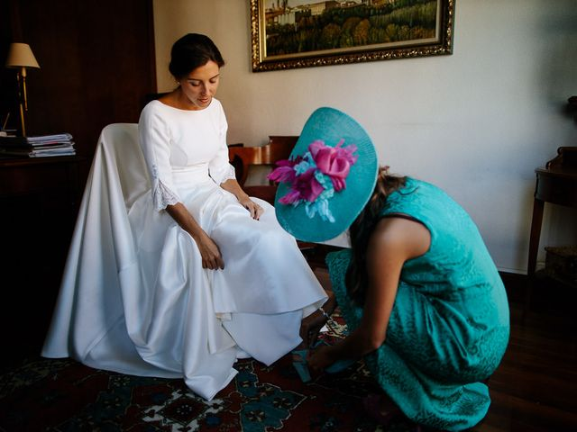 La boda de Eduardo y Patricia en Villamayor De Monjardin, Navarra 8