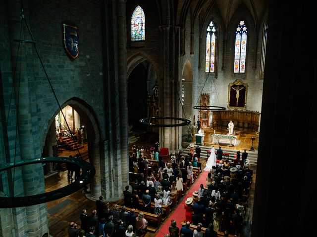 La boda de Eduardo y Patricia en Villamayor De Monjardin, Navarra 10