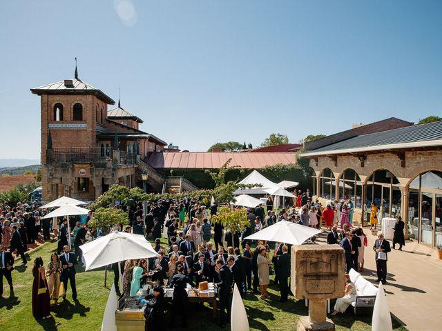 La boda de Eduardo y Patricia en Villamayor De Monjardin, Navarra 15
