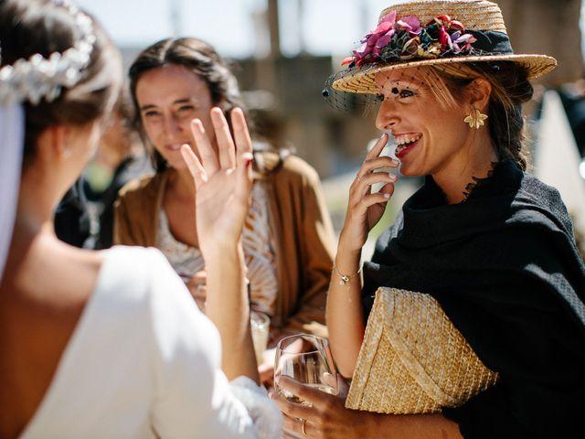 La boda de Eduardo y Patricia en Villamayor De Monjardin, Navarra 16