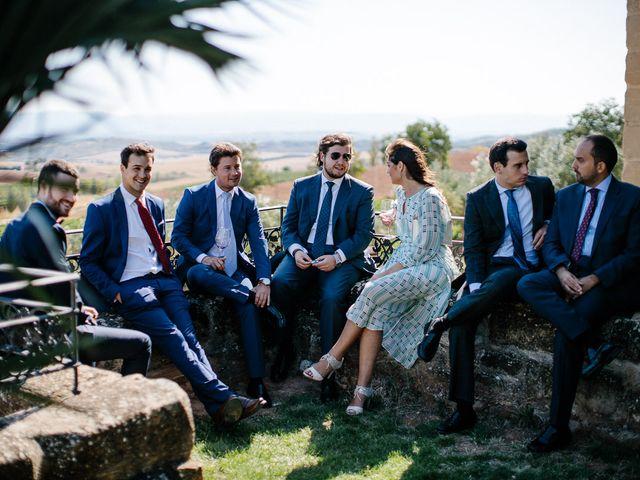 La boda de Eduardo y Patricia en Villamayor De Monjardin, Navarra 18