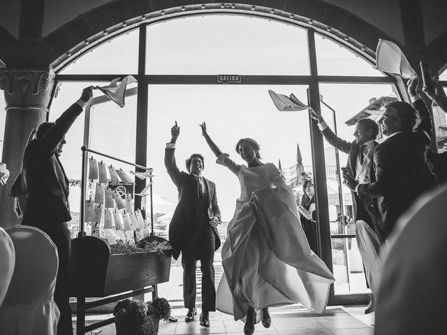 La boda de Eduardo y Patricia en Villamayor De Monjardin, Navarra 21
