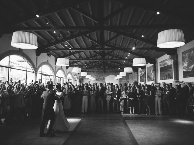 La boda de Eduardo y Patricia en Villamayor De Monjardin, Navarra 27
