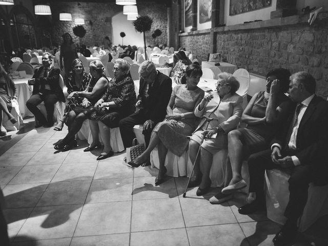La boda de Eduardo y Patricia en Villamayor De Monjardin, Navarra 32