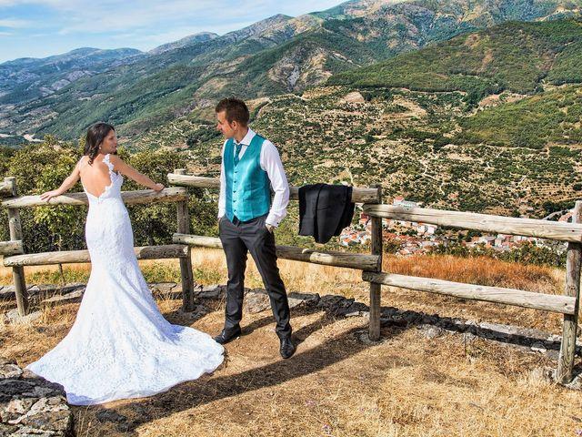 La boda de David y Helena en Cabezuela Del Valle, Cáceres 2