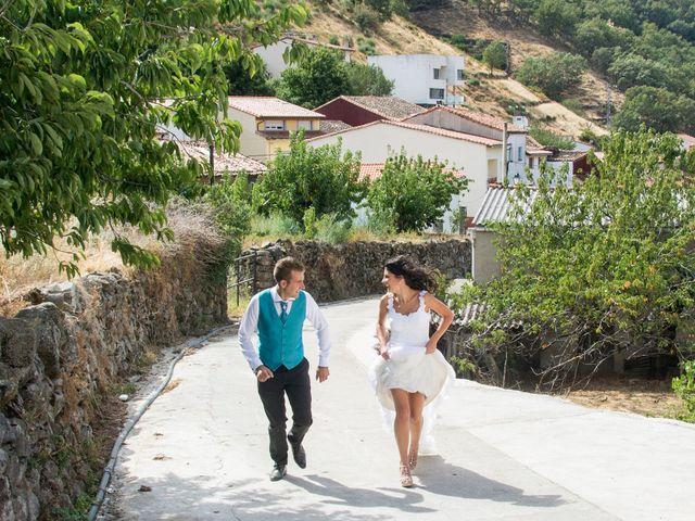 La boda de David y Helena en Cabezuela Del Valle, Cáceres 5