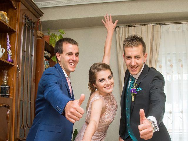 La boda de David y Helena en Cabezuela Del Valle, Cáceres 19