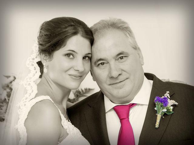 La boda de David y Helena en Cabezuela Del Valle, Cáceres 27