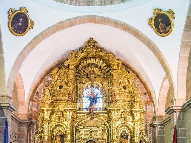 La boda de David y Helena en Cabezuela Del Valle, Cáceres 31