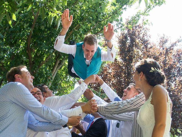 La boda de David y Helena en Cabezuela Del Valle, Cáceres 39