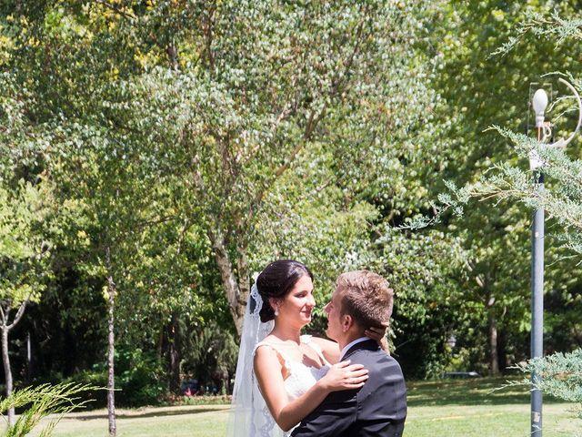 La boda de David y Helena en Cabezuela Del Valle, Cáceres 33