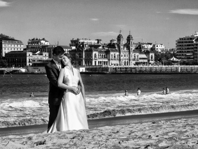La boda de José Antonio y Leticia en Donostia-San Sebastián, Guipúzcoa 23