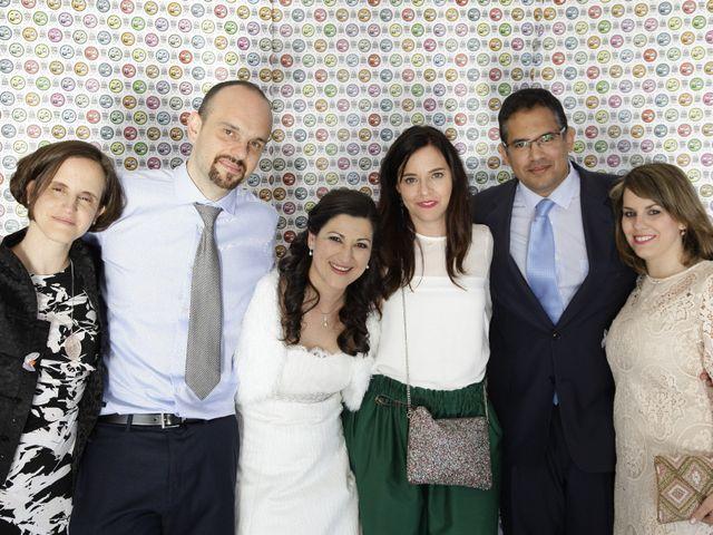 La boda de Helio y Mariajo en Chinchon, Madrid 22
