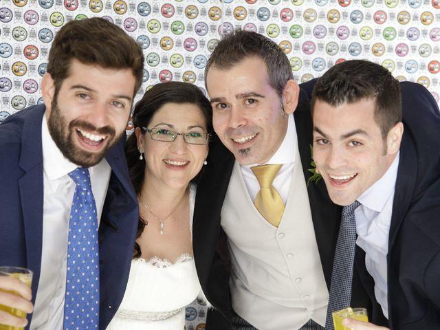 La boda de Helio y Mariajo en Chinchon, Madrid 28