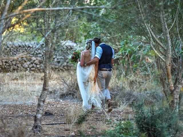 La boda de Chris y Hayley en Ciutadella De Menorca, Islas Baleares 21